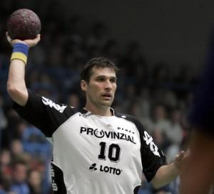 Stefan Lövgren am 30. Dezember 2006 in der Aschaffenburger Unterfrankenhalle im Spiel TV Großwallstadt - THW Kiel (25:30)